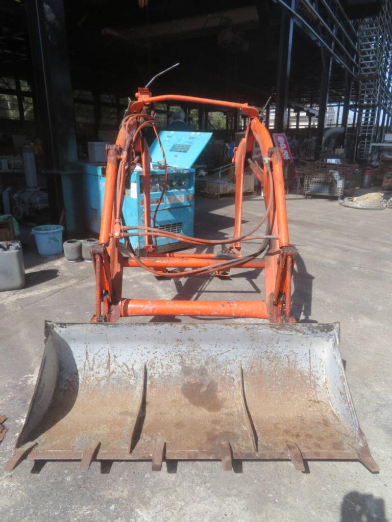 油谷№5204 クボタ TLH26AD トラクター用バケット